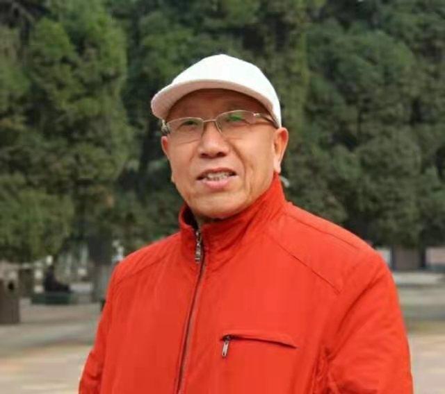 鸟虫篆书法大师赵平安
